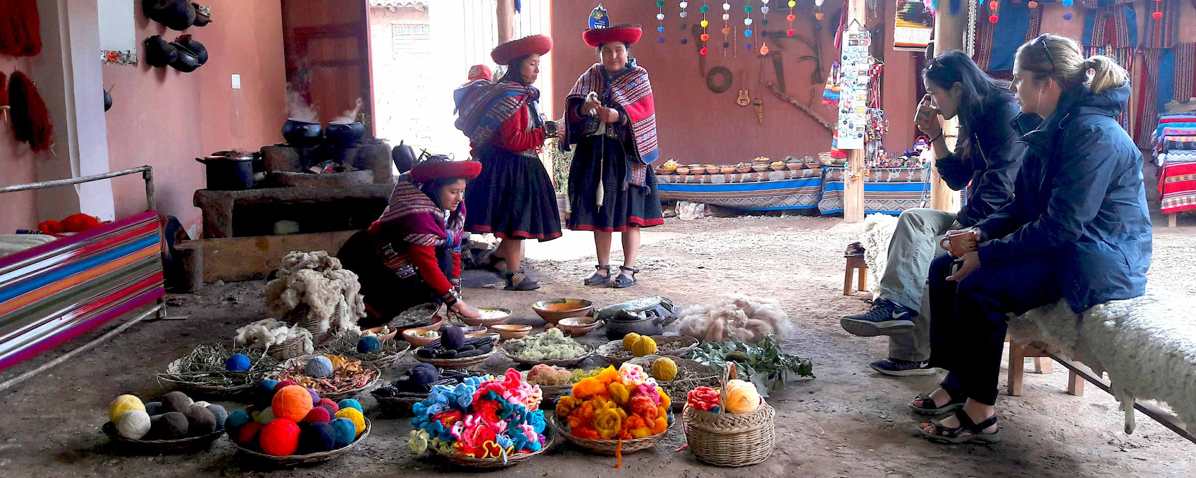Chinchero weavers showing their weaving techniques