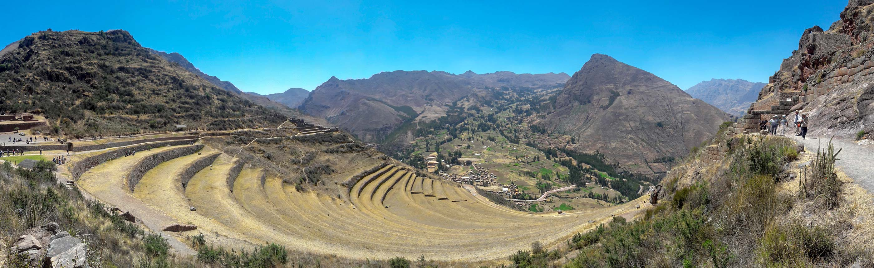 Visiting Pisac ruins with spectacular panoramic view