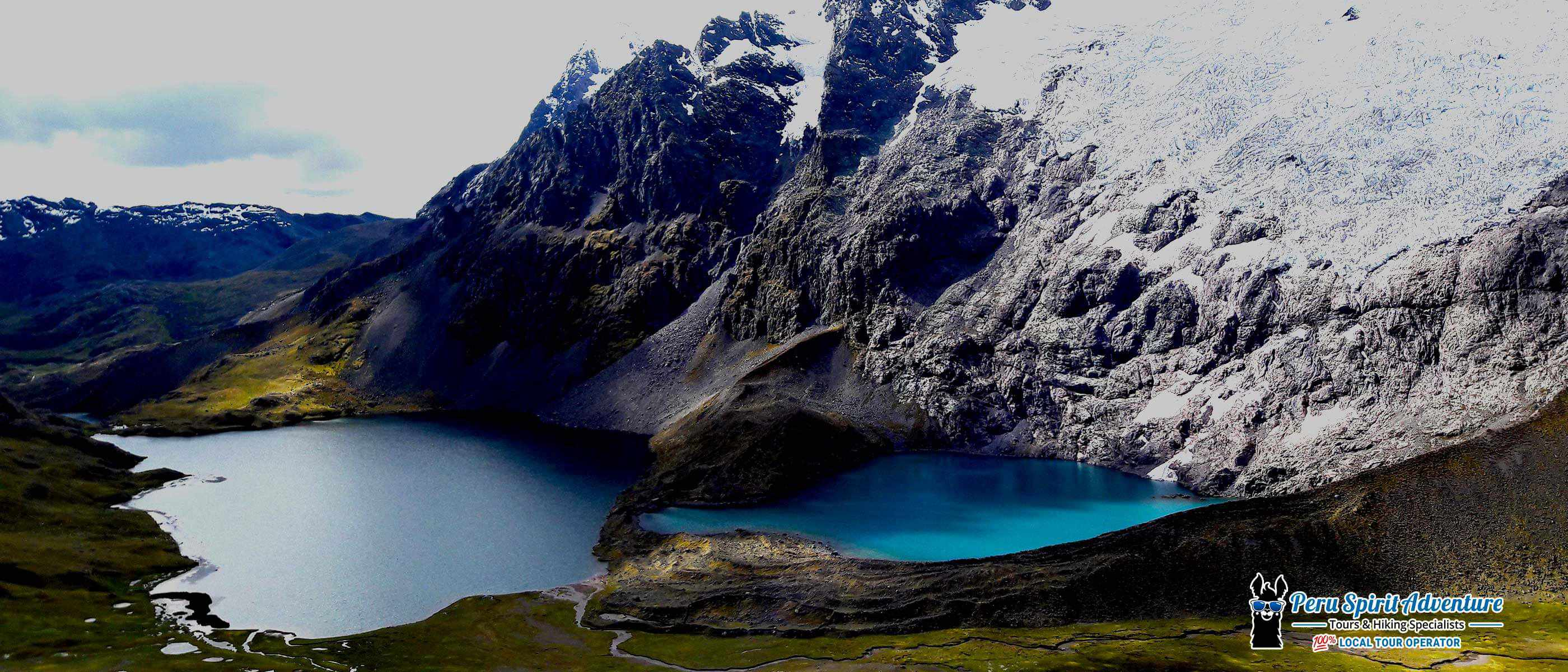 Enjoy the gorgeous views of the blue lakes and the Ausangate Glacier Peak on Ausangate trek