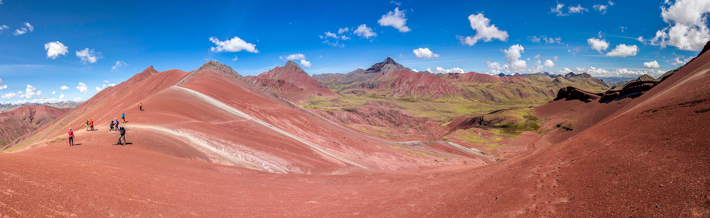 Trek to Rainbow Mountain and Red Valley 2 Days