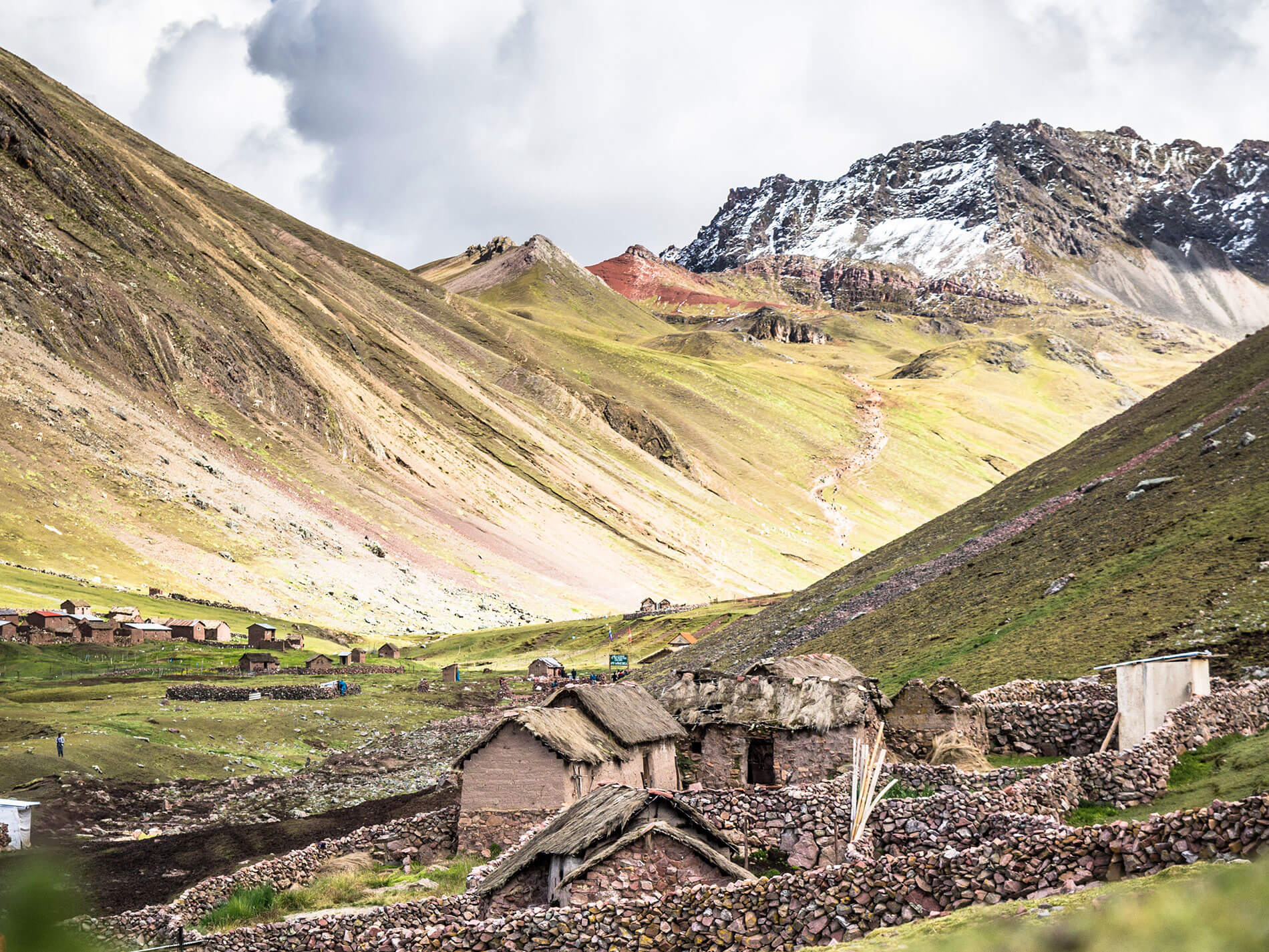 Rainbow Mountain Trek in Cusco via Ausangate Trail